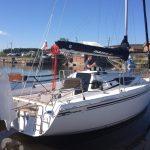 яхта Maxus 28